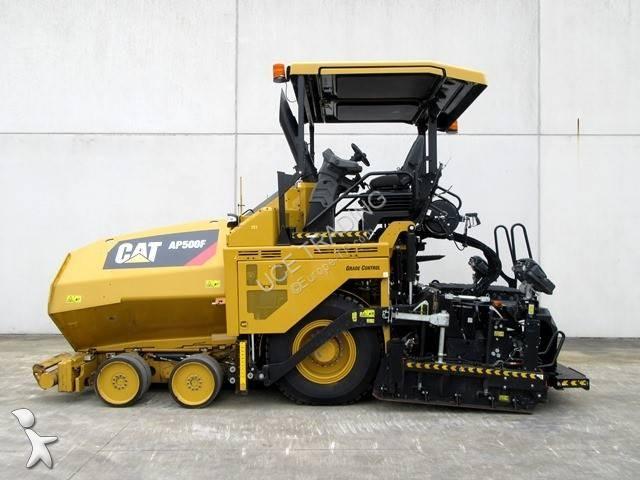 Echipamente pentru lucrari rutiere Caterpillar AP500F