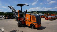 travaux routiers Wirtgen W 50 DC