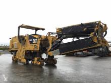echipamente pentru lucrari rutiere Caterpillar PM 200