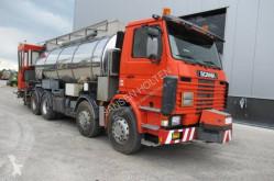 wegenbouw teersproeimachine Scania