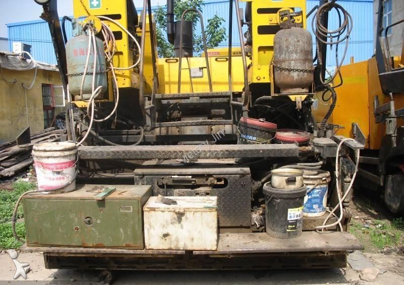 Echipamente pentru lucrari rutiere ABG 423