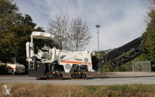 Vedeţi fotografiile Echipamente pentru lucrari rutiere Wirtgen W1200F