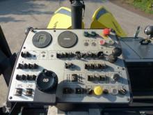 Voir les photos Travaux routiers Bomag BF 300C