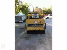 Bilder ansehen Caterpillar  Straßenbaumaschine