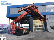 reach-Stacker n/a