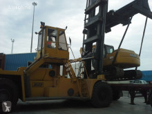 Luna containers handling heavy forklift