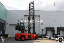 Linde containers handling heavy forklift