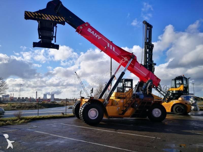 Voir les photos Chariot élévateur gros tonnage Sany RSC4531G
