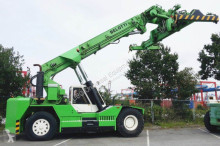 Belotti reach stacker