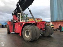 reach-Stacker CVS Ferrari
