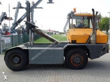 Sisu handling tractor