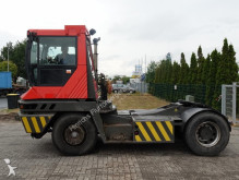 tracteur de manutention Terberg TT222