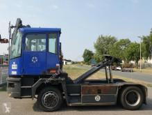 Kalmar TR618i handling tractor