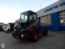 tracteur de manutention Terberg YT 180