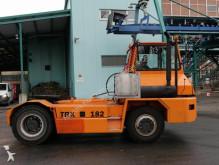 tracteur de manutention Kalmar TRX182
