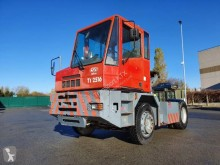 tracteur de manutention CVS Ferrari