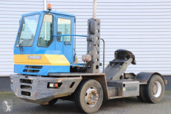 tracteur de manutention Terberg YT180