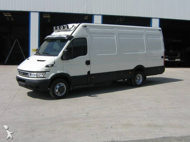 fourgon utilitaire iveco daily 50c17 4x2 occasion n 228507. Black Bedroom Furniture Sets. Home Design Ideas