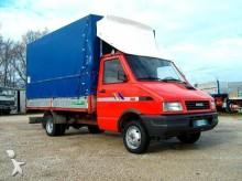 furgoneta con lona usada