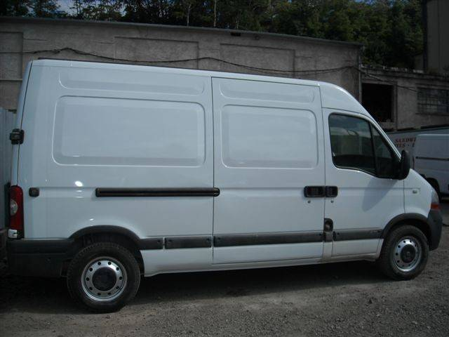 fourgon utilitaire renault master l2h1 2 5 dci 100 occasion n 42007. Black Bedroom Furniture Sets. Home Design Ideas