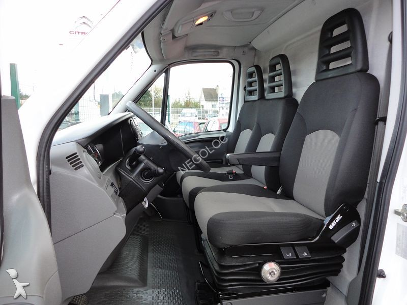 fourgon utilitaire occasion iveco daily fourgon 35s14 15m3 clim regulateur annonce n 956927. Black Bedroom Furniture Sets. Home Design Ideas