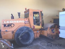 Lebrero 311TT compactor / roller
