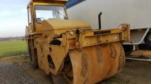 Caterpillar wheeled roller