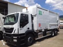 compactador de lixo Iveco