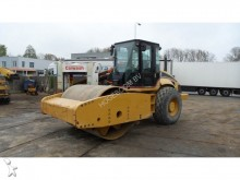 Caterpillar CS683E compactor / roller