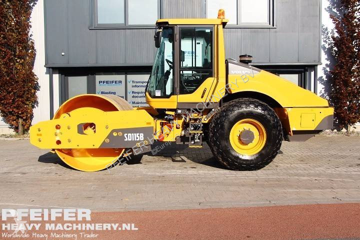 Volvo SD 115 B compactor / roller