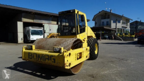 Bomag BW213 D-3 compactor / roller