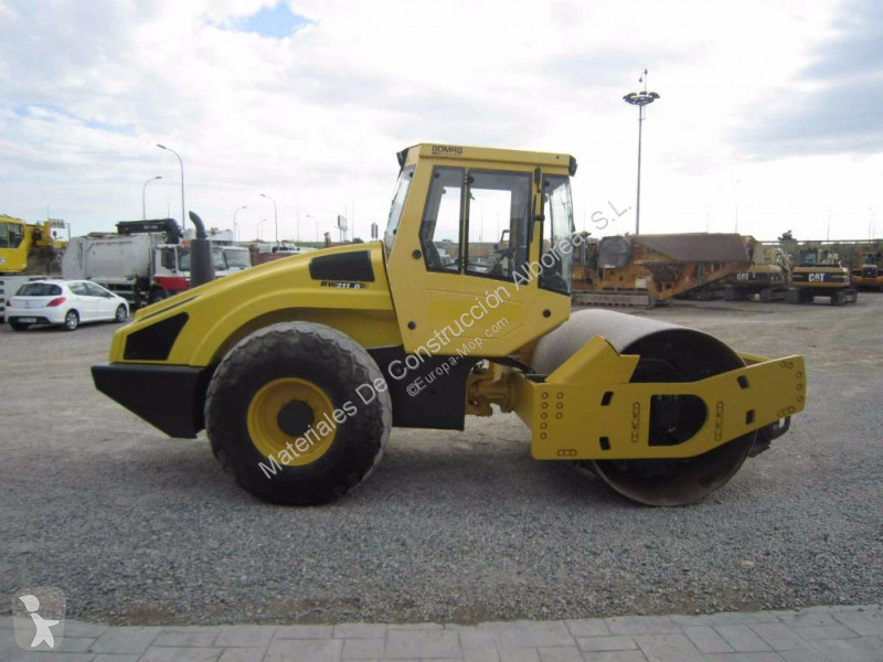 Compactor Bomag BW 211 D-4