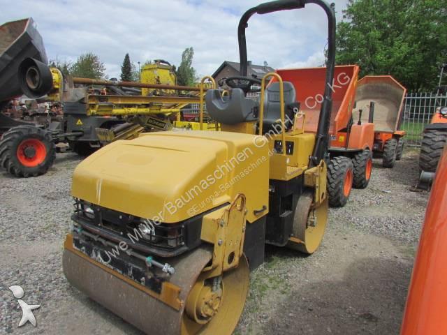 Caterpillar CB 224 E compactor / roller