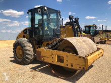 walec Caterpillar CP533E