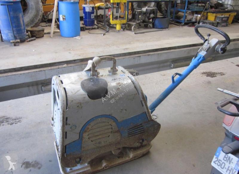 Voir les photos Compacteur Weber WEBCR6H