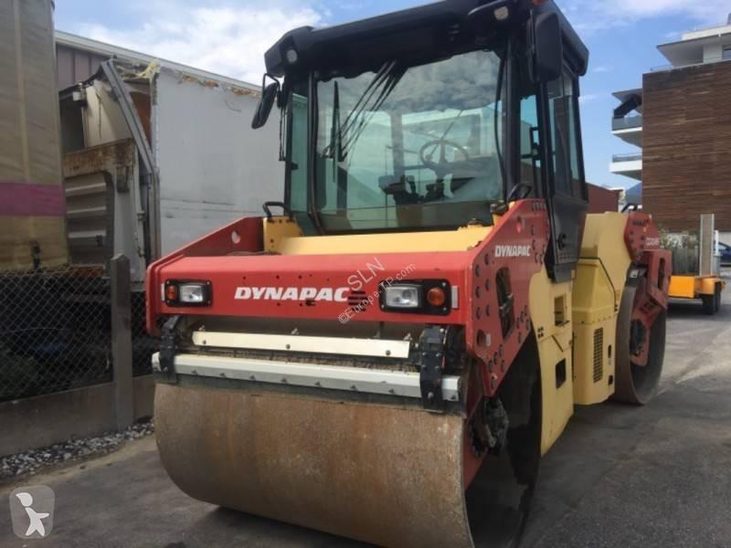 Vedeţi fotografiile Compactor Dynapac CC424 HF