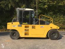 compactador de neumáticos Bomag