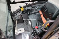 Vedeţi fotografiile Compactor Volvo EC 18 E