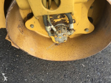 Voir les photos Compacteur Caterpillar CB24