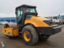 View images Volvo SD190 compactor / roller