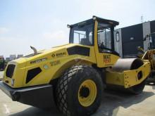 Vedeţi fotografiile Compactor Bomag BW 213 D H-5