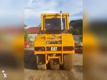 Vedeţi fotografiile Compactor Caterpillar CB535B