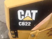 Vedeţi fotografiile Compactor Caterpillar CB22