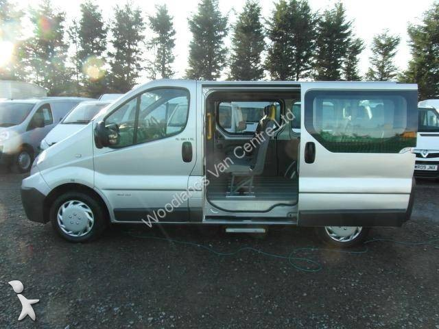 minibus renault trafic gazoil euro 4 occasion n 928814. Black Bedroom Furniture Sets. Home Design Ideas