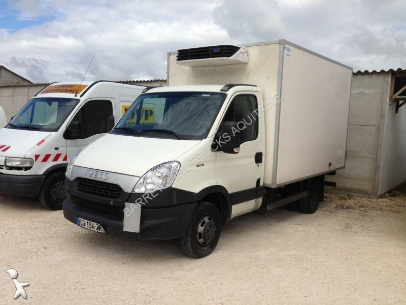 location utilitaire frigo caisse n gative neuf iveco daily 35c15 lv hayon annonce n 828576. Black Bedroom Furniture Sets. Home Design Ideas