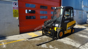 chariot élévateur de chantier JCB TLT-30D