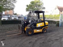 chariot télescopique JCB TLT 30 TELETRUCK / VERREIKER DIESEL 3 TON
