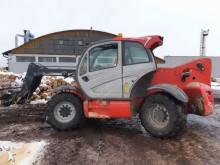 chariot élévateur de chantier Manitou MHT790