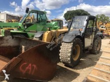 chariot télescopique Caterpillar TH 407 AG