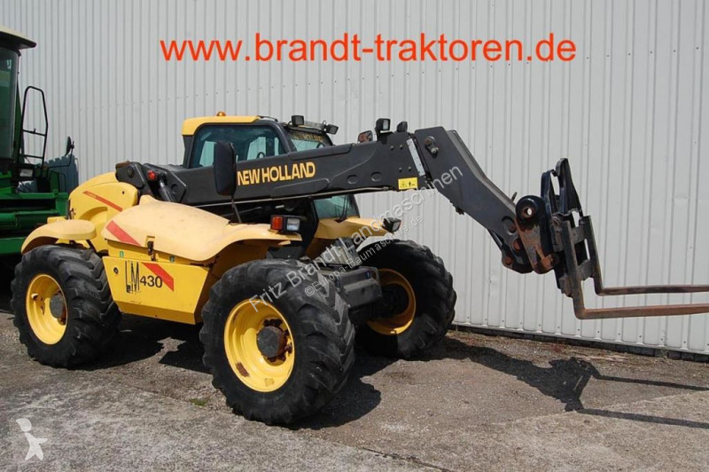 View images New Holland LM 430 telescopic handler